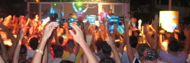Mundo na igreja: Renascer em Salvador realiza balada gospel